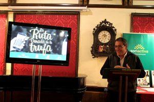Carlos de Pablo, de Casa Vallecas de Berlanga de Duero, galardonado con el III Premio de la Promoción de la Trufa Negra.