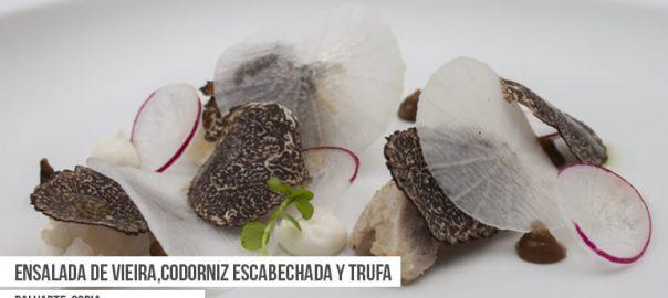 Ensalada de vieira, codorniz escabechada y trufa del Restaurante Baluarte. Tapa de la Ruta Dorada de la Trufa de Soria